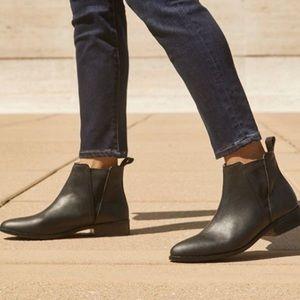 Nisolo Leather Chelsea Booties, Black